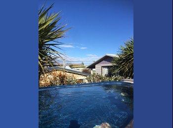 NZ - Beachside bach to Share, Christchurch - $150 pw