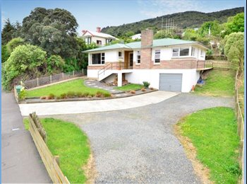 NZ - recently renovated house on the water front, Dunedin - $160 pw
