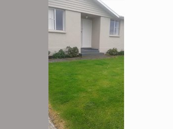 NZ - nice room to rent, Invercargill - $110 pw