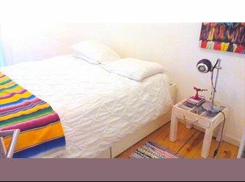EasyQuarto PT - Alugo quarto na Bica-Bairro Alto - Sacramento, Lisboa - 390 € Por mês