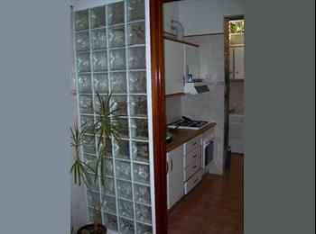 EasyQuarto PT - Alugo quarto na baixa de Faro, com tudo incluido. - Olhão, Faro - 165 € Por mês