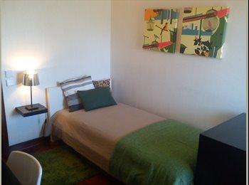 EasyQuarto PT - Excelente  quarto no centro Porto, Porto - 260 € Por mês