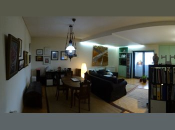 EasyQuarto PT - Add utility costs to be paid on top of rentAre there any utility costs that will have to be paid on , Vila Nova de Gaia - 250 € Por mês