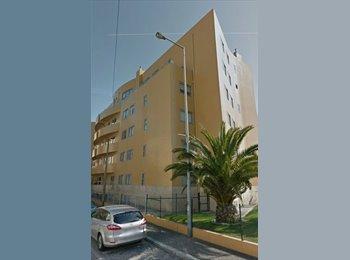 EasyQuarto PT - Alugo quarto suite em t3, Porto - 250 € Por mês