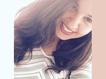 Tatiana - 18 - Estudante