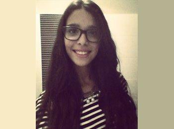 Alexandra Garcês - 19 - Estudante