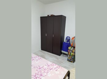 Big common rm for rent at Hougang mrt