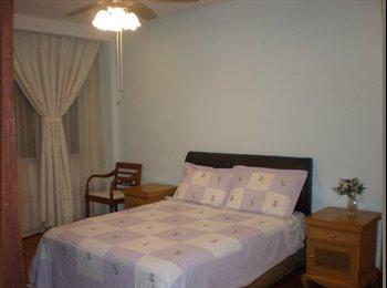 Huge & Cosy Room in Quiet Residential Area