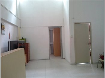 Master room in amk ave 10 Blk 408, aircon.