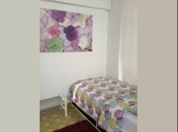 EasyRoommate SG - Room for Rent at Clementi for Female Tenant - Clementi, Singapore - $800 pcm