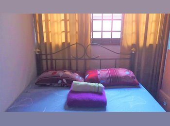 Private master bedroom at Farrer Park (Petain court) near...