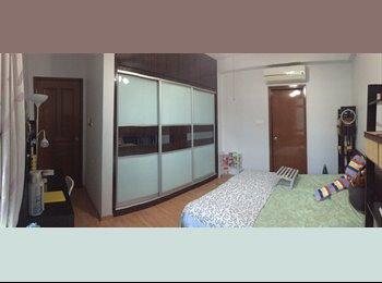 EasyRoommate SG - MASTER ROOM + ENSUITES+BATHTUB (ALL BRAND NEW) - Upper Bukit Timah, Singapore - $1,300 pcm