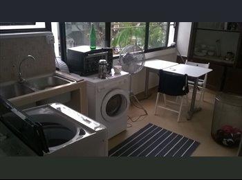 Tiong Bahru, room for rent