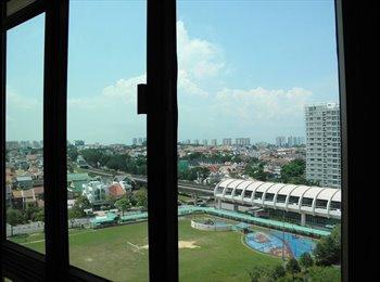 EasyRoommate SG - URGENT: Master Bedroom, Astoria Park - Kembangan, Singapore - $1,600 pcm