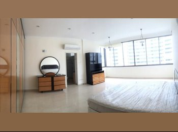 Master room In Orchard