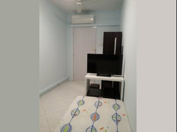 common room 5 mins walk from outram mrt