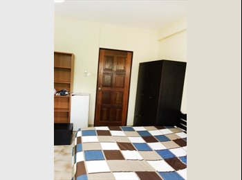 Affordable Master Bed Room, Walk to Outram MRT!