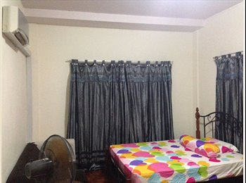 Room Rental along Wiltshire Road (Landed House)