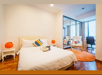 Expat's choice !! Suites master room super near MRT !!