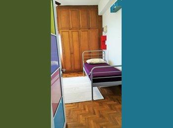 Nice single room in Mandarin Gardens(east coast)