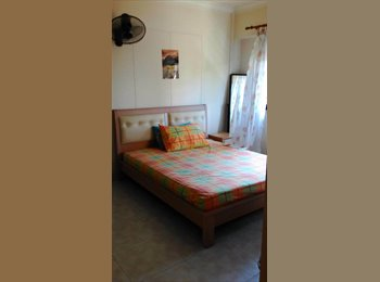 MASTER BED ROOM AVAILABLE FOR RENT AT SEMBAWANG
