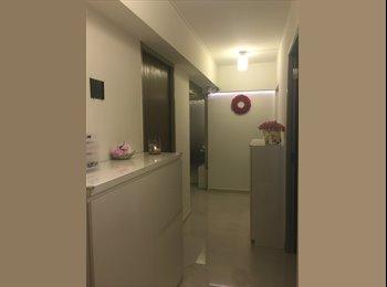 Big Master Bedroom 5 min to MRT