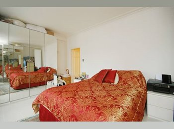 EasyRoommate SG - Affordable DoubleRoom In St Thomas Walk - Orchard, Singapore - $930 pcm