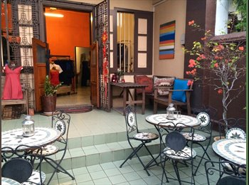 EasyRoommate SG - Stay in a cool central shophouse! - Neil Road, Singapore - $1,450 pcm