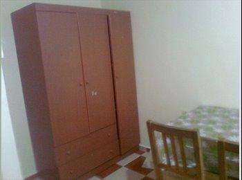 Spacious room for rent near Lakeside MRT!