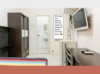 Ensuite/Master room at chinatown. Room code: 02M1