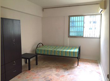 EasyRoommate SG - Fantastic Location Common Room For Rent - Telok Blangah, Singapore - $600 pcm