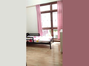 EasyRoommate SG - Condo Room for Rent.Female only.Upper Bukit Timah.Clean,Neat,Breezy. - Upper Bukit Timah, Singapore - $990 pcm
