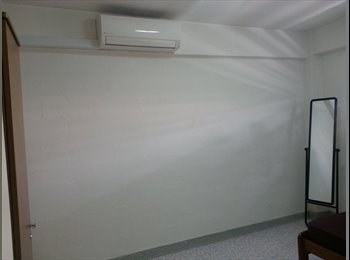 EasyRoommate SG - No agent Fee/ Common Room for rent at Blk 157 Toa Payoh - Toa Payoh, Singapore - $600 pcm