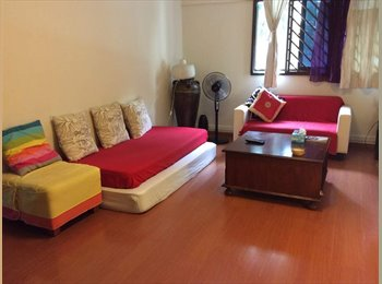 one common room available in heart of cbd- opposite to SGH....