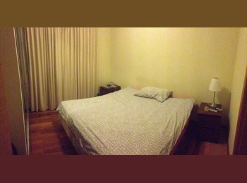 MASTER Bedroom in condo with rooftop in Novena