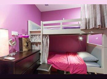 Divas Bed/share room for SMU, NAFA,female students/interm...