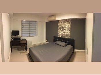 Looking for Roommate at Tanjong Pagar Plaza