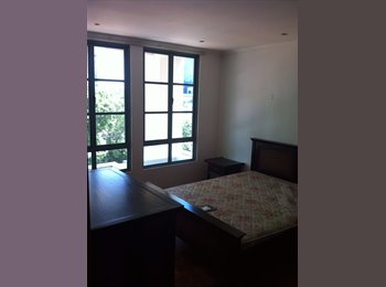 2 bedder Craig Place walk to Outram MRT