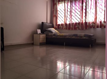EasyRoommate SG - Toa Payoh area Master's Bedroom available.. URGENT MOVE IN... - Toa Payoh, Singapore - $1,100 pcm