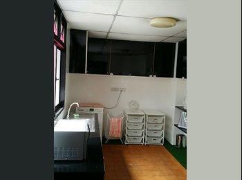 Spacious Room Near City/Bugis. Near MRT. No Owner