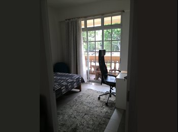 Double room in condo next to MRT and Bus