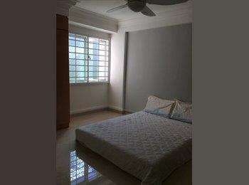 EasyRoommate SG - Common room near Marsiling MRT for rent, Singapore - $700 pcm