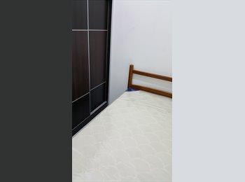 EasyRoommate SG - Small Single Room near Tanjong Pagar/Outram Park - Tanjong Pagar, Singapore - $580 pcm
