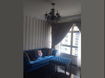 2 beautiful common rooms available for rent.