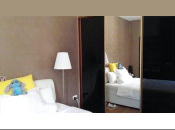 Siglap/Bedock, big room for rent