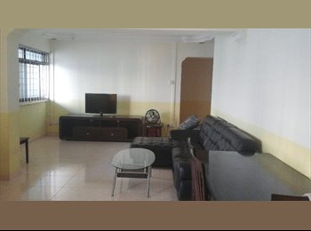 EasyRoommate SG - Master Room and Common Room for rent at Blk 331 Sembawang 5 min to MRT , Singapore - $600 pcm