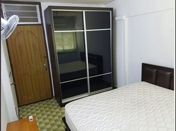 EasyRoommate SG - NO OWNER staying! All females! MASTER room at 75 Telok blangah drive for rent!, Singapore - $1,000 pcm