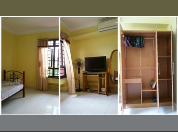 EasyRoommate SG - A/C COMMON ROOM FOR RENT @ SEMBAWANG (FURNISHED, NO AGENT'S FEE), Singapore - $650 pcm