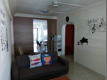 EasyRoommate SG - Blk 55 Telok Blangah Drive - HDB Master Room & Common Room for Rent (high floor), Singapore - $1,000 pcm