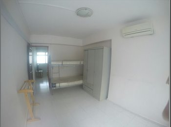 EasyRoommate SG - Master Bedroom for RENT Blk 443 Choa Chu Kang Ave 4, Singapore - $900 pcm